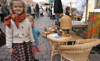 Street vendors in Kaunas, Lithuania. Flickr:Lee Fenner