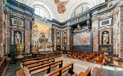 Chapel of Saint Casimir in Vilnius Cathedral, Lithuania. CC:Diliff