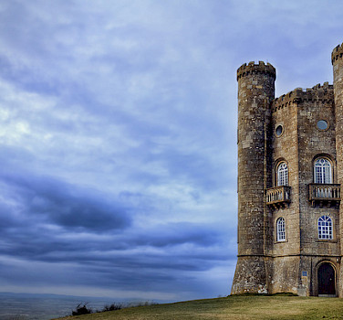 Broadway Tower, Broadway, Cotswolds, England. Photo via Flickr:Fiona McAllister