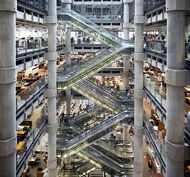 Lloyd's of London, United Kingdom. Photo via Flickr:Aurelien Guichard