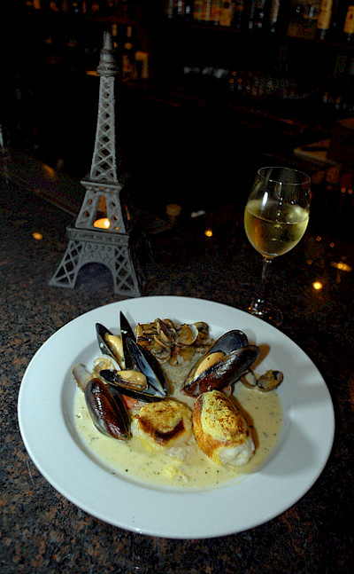 Sole and mussels in Paris! Flickr:NwongPR