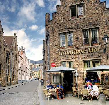 Gruuthuse Hof in Bruges. Photo via Flickr:Wolfgang Staudt