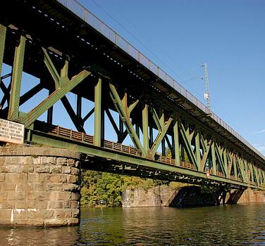 Railway Bridge in Kettwig. Photo via Flickr:ralpe