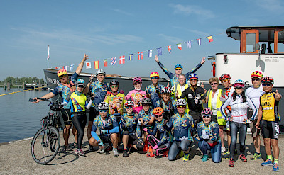 Group photo from the Magnifique II! ©TO