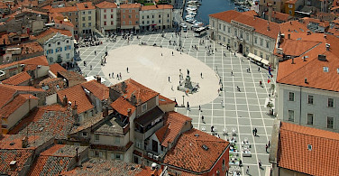 Overlooking Tartini Square in Piran, Slovenia. Photo via Wikimedia Commons:Plamenagov