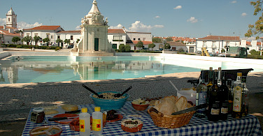 Picnic lunching in Portugal. Photo courtesy of Tour Operator.