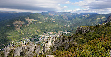 The great rock formations of Cevennes! Photo via Wikimedia Commons:Myrabella