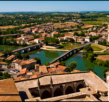 In Beziers, the Canal du Midi is an aqueduct over the Orb River. Languedoc, France. Photo via Flickr:guillenperez