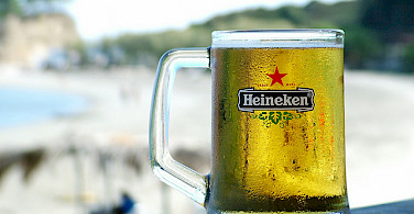 Cold glass of Heineken! Photo via Flickr:md-2