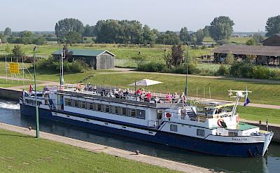 Zwaantje - Bike & Boat Tours