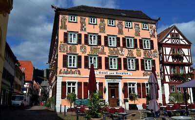 Hotel zum Karpfen, Eberbach, Germany. Flickr:Richard Gould