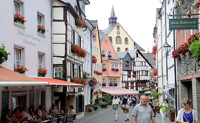 Bernkastel-Kues is a lovely town for a bike rest. Flickr:Franz-Josef Molitor