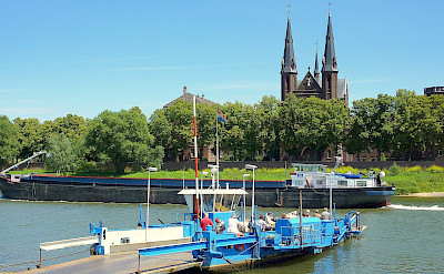 Ferry over the Maas River. ©TO