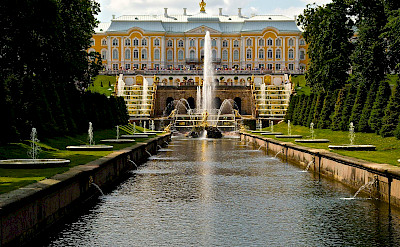 Peterhof Palace and Gardens in St Petersburg, Russia. Flickr:Woody Hibbard