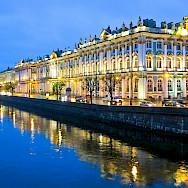 Saint Petersburg on the Neva River, Russia. Flickr:Ninara