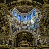 Saint Isaac's Cathedral in Saint Petersburg, Russia. Flickr:Ninara