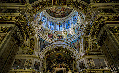 Saint Isaac's Cathedral in Saint Petersburg, Russia. Flickr:Ninara