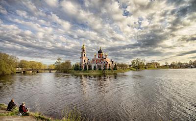 Fishing in Staraya Russa, Novgorod Oblast, Russia. Flickr:Andrey Korchagin