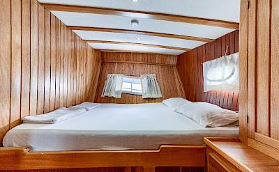 Double Cabin - Osman Kurt | Bike & Boat Tours