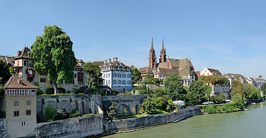 Munsterplatz in Basel, in Switzerland on the border with France and Germany. Photo via Wikimedia Commons:Taxiarchos228