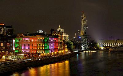 "Moscow river at night. Photo via Pavel ""KoraxDC"" Kazachkov"