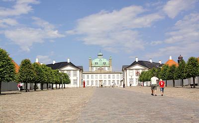 Fredensborg Castle lies on Lake Esrum in Fredensborg, Denmark. CC:Guillaume Baviere