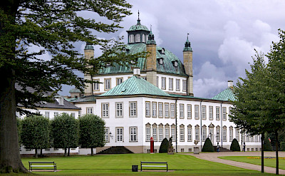 Along Lake Esrum lies Fredensborg Palace in Denmark. Flickr:Guillaume Baviere