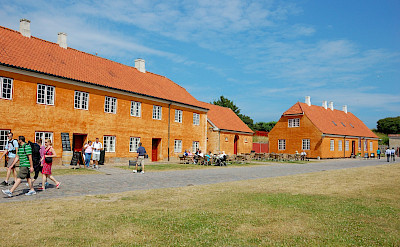 Walking the grounds of Kronborg Castle, Helsingør, Denmark. Flickr:Cha già José