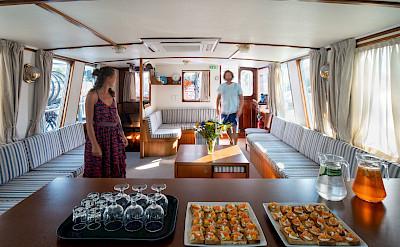 Refreshments | Caprice | Bike & Boat Tours