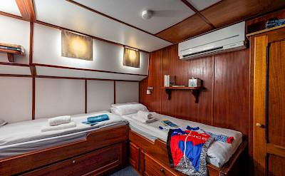 Twin Cabin | Caprice | Bike & Boat Tours