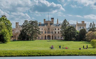Biking to Lednice Castle in the Czech Republic. Flickr:Marco Verch Professsional