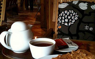 Honey Cake, a traditional Czech dessert, with tea. Flickr:crystalmartel