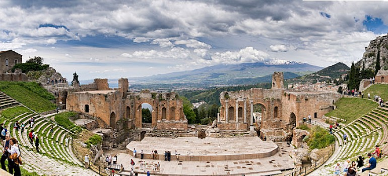 Ancient Greek Theatre in Taormina, Sicily, Italy. Flickr:Bart Hiddink