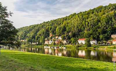 Bad Schandau on the Elbe River in Germany. Flickr:Yashima