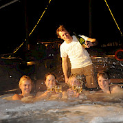Hot Tub on Mare Fan Fryslan | Bike & Boat Tours