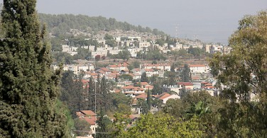 Roshpina. a hillside village in Galilee. Photo via Flickr:nbornun