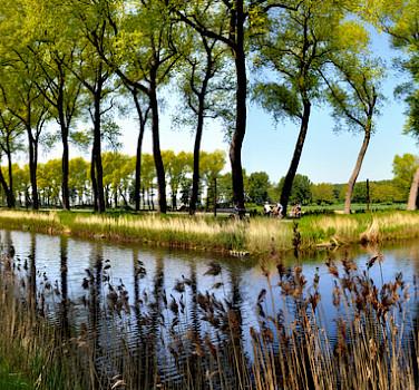 Scenic bike paths in Damme, West Flanders, Belgium. Photo via Flickr:thsd90