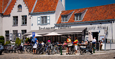 Bike rest in Damme, West Flanders, Belgium. Photo via Flickr:Thomas Strosse