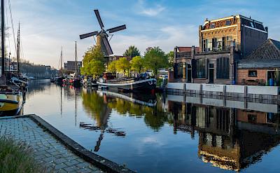 Ships in Gouda, South Holland, the Netherlands. Flickr:Frans Berkelaar