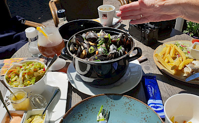 Moules-frites in Papendrecht, South Holland, the Netherlands. Flickr:bert knottenbeld