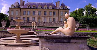 Auvers-sur-Oise along the Oise River. Photo via Flickr:Philippe L Photography