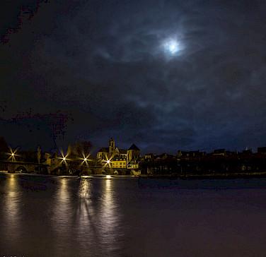 Nighttime in Moret-sur-Loing, France. Photo via Flickr:Corentin Foucaut