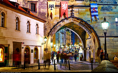 Evening stroll at the gate in Prague, Czech Republic. Flickr:Moyan Brenn