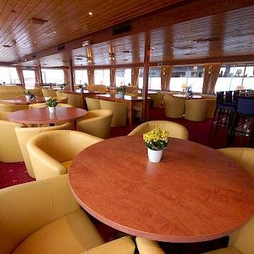 MS Andante - Lounge - MS Andante | Bike & Boat Tours