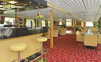 Lounge | MS Normandie | Bike & Boat Tours