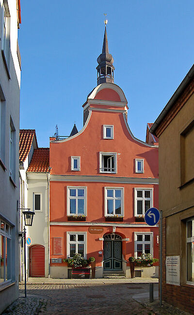 Altstadt in Stralsund, along the Baltic Sea in Germany. Flickr:PixelTeufel