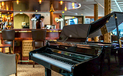 Entertainment on MS Princess - Bike & Boat Tours