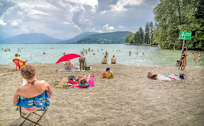 From bike to beach at Lake Annecy in Haute Savoie, France. Flickr:Jean Balczesak