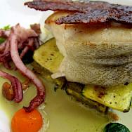 Fancy dinner maybe in Bergerac, Dordogne, France? Photo via Flickr:Ian Sommerville