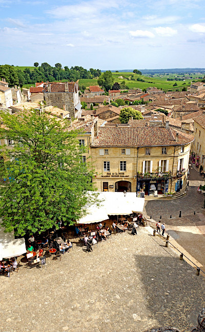 Another great shot of Saint-Émilion in Aquitaine, France. Flickr:Dennis Jarvis